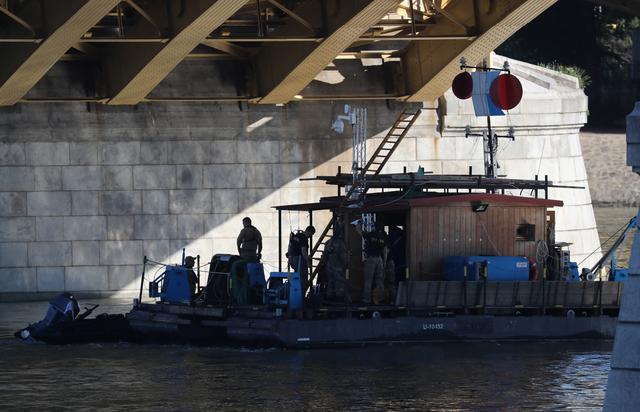 พบศพชาวเกาหลี 1 ราย อยู่ปลายน้ำห่างจากจุดเรือล่มในดานูบ 100 กิโลเมตร