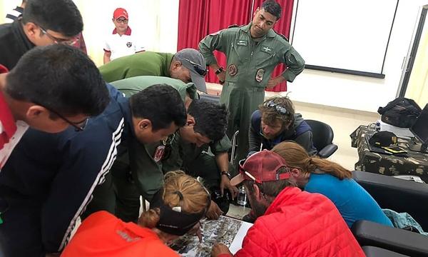 In Clips :กู้ภัยอินเดียพบ 5 ศพนักไต่เขาต่างชาติใกล้จุดที่หายตัวไปบนเทือกเขาหิมาลัย