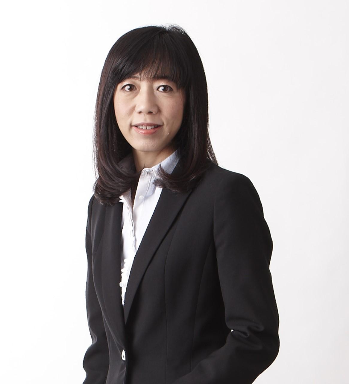 นางสาวรินใจ ชาครพิพัฒน์ รองผู้จัดการ หัวหน้าสายงานการตลาด ตลาดหลักทรัพย์แห่งประเทศไทย