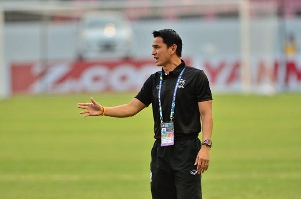 """เปิดโผ 4 แข้งติดทีมชาติไทย เกิน 100 นัด """"ซิโก้"""" ทำสถิติสูงสุด"""