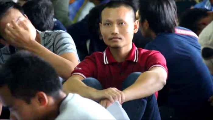 ชาวอีสานนับหมื่นแห่สมัครทำงานเกาหลี จัดหางานเตือนถ้าไปอย่างผีน้อยเสียมากกว่าได้
