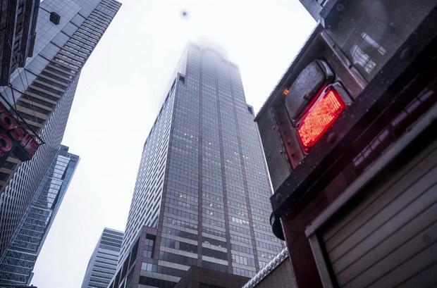 ระทึก!เฮลิคอปเตอร์ร่วงใส่ดาดฟ้าตึกสูงกลางเมืองแมนฮัตตัน เสียชีวิต1ราย