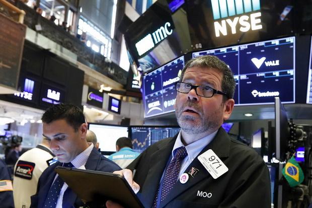 น้ำมันลง$1,ทองดิ่ง หุ้นสหรัฐฯบวกคลายกังวลหลังอเมริกาเลิกแผนรีดภาษีเม็กซิโก