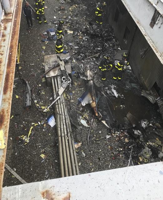 เฮลิคอปเตอร์ตกใส่ยอดตึกแมนฮัตตัน มะกันเร่งอพยพหวั่นซ้ำรอยเวิลด์เทรด