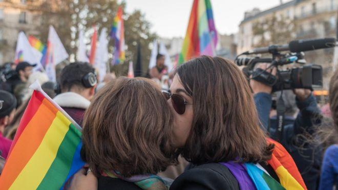 ศาลสูงสุดบราซิลลงมติ 'การเกลียดชังรักร่วมเพศ' ถือเป็นอาชญากรรม