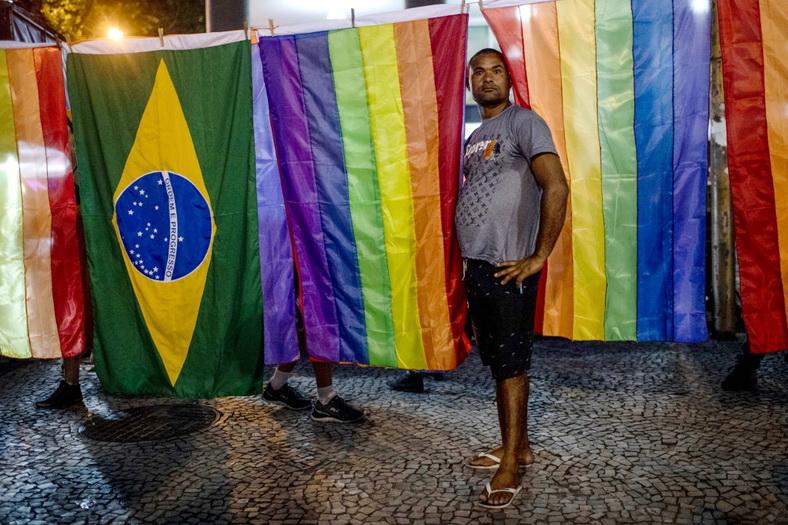 ผู้นำบราซิลชี้ 'เกย์' เสี่ยงตกงาน หลังศาลสูงสุดยก 'เกลียดชังรักร่วมเพศ' เป็นอาชญากรรม