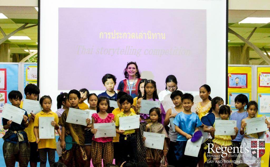 """ร.ร. นานาชาติรีเจ้นท์กรุงเทพฯ ส่งเสริมกิจกรรม """"Thai Day"""" หวังให้เรียนรู้และเห็นถึงคุณค่าของความเป็นไทย"""