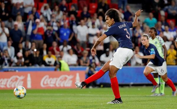 """""""ฝรั่งเศส"""" ยิงโทษดราม่า ดับ """"ไนจีเรีย"""" 10 ตัว ซิวแชมป์กลุ่ม A"""