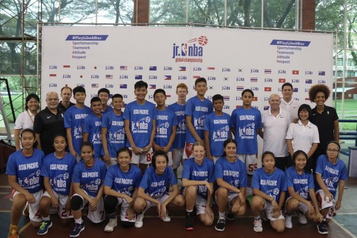 """นักยัดห่วงเยาวชนไทย ผงาดติดทีมชุดเอเชีย เตรียมลุยแคมป์ """"จูเนียร์ เอ็นบีเอ"""" ที่อเมริกา"""