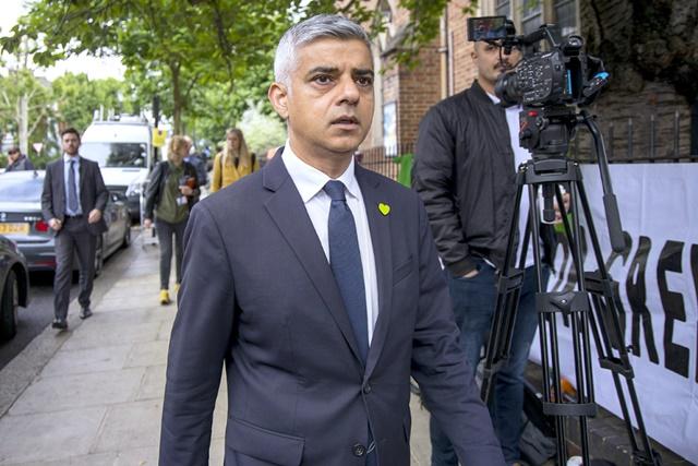 อัตราฆาตกรรมในลอนดอนเป็นเรื่อง