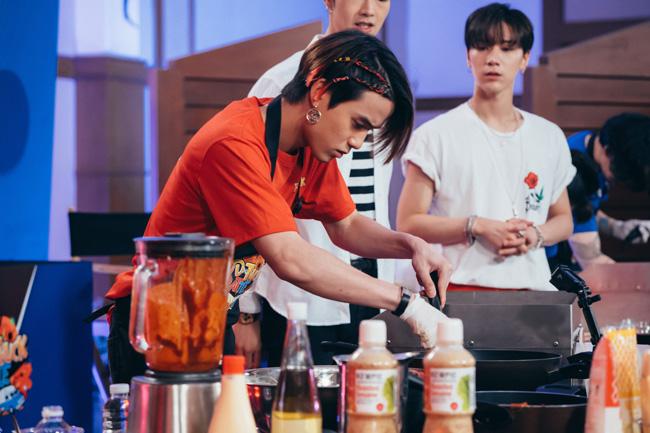 """""""เตนล์-เจมส์"""" ยกทัพไอดอล ไทย-เกาหลี ประชันฝีมือทำอาหาร"""