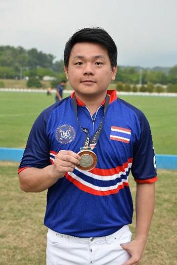 ณัฐดิษฐ์ ศิลาอมรศักดิ์ นักกีฬาขี่ม้าโปโลทีมชาติไทย