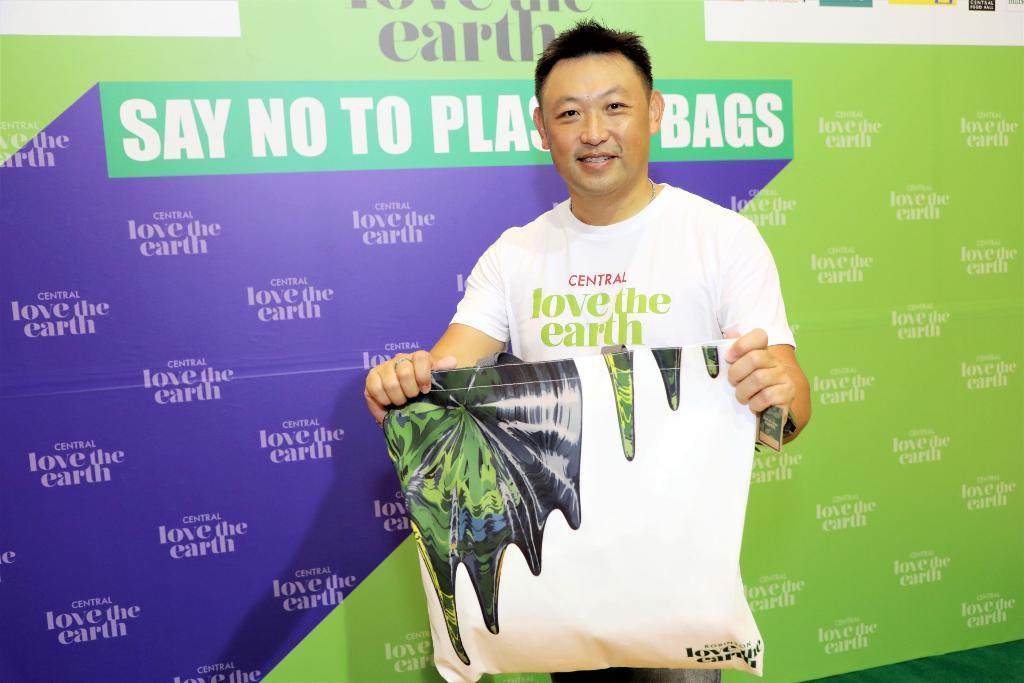 """""""โรบินสัน""""คิกออฟ""""ชอปไม่รับถุง"""" นำร่อง3สาขาลดถุงพลาสติกสิ้นปีนี้5.5ล้านใบ"""