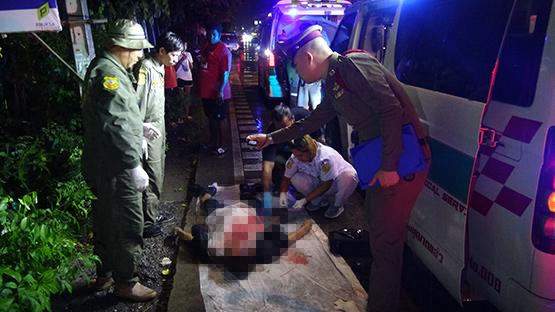 บิ๊กไบค์ชนคนข้ามถนนย่านคลองหลวงเสียชีวิต ผู้ขับขี่บาดเจ็บ