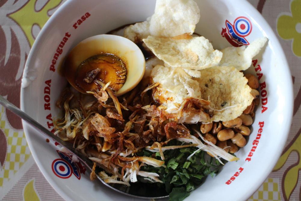 โจ๊กไก่ Bubur Ayam ย่าน Wedangan