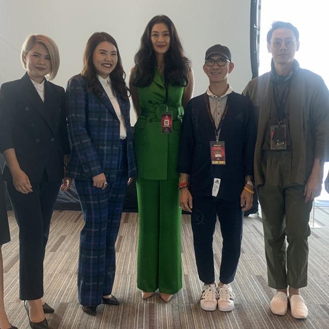 ร่วมลุ้น! มงฯ Miss Universe Thailand 2019  เลอซาซ่า จัดเวิร์คช้อป แต่งผมสวย ให้เหล่าสาวงาม