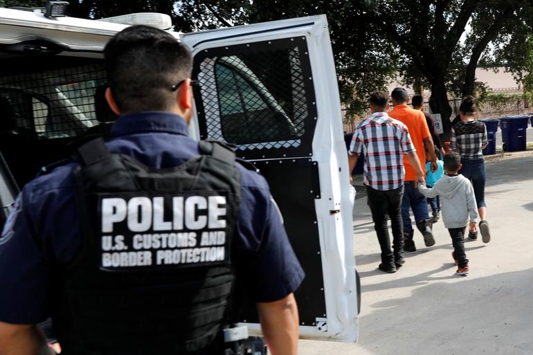 สภาผู้แทนฯ สหรัฐฯ อนุมัติแพ็กเกจ $4,500 ล้านช่วยผู้อพยพชายแดน