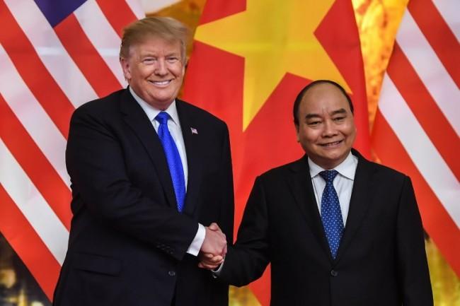 ผู้นำเวียดนามย้ำคำมั่นต้องการทำการค้าเสรีและเป็นธรรมกับสหรัฐฯ หลังทรัมป์ขู่ตั้งกำแพงภาษี