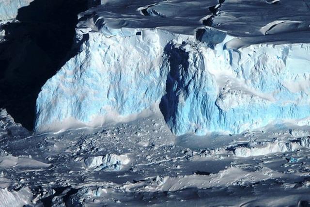 หายนะโลกร้อน! ตัวเร่งวิกฤตธารน้ำแข็งทเวทส์ละลายเร็ว
