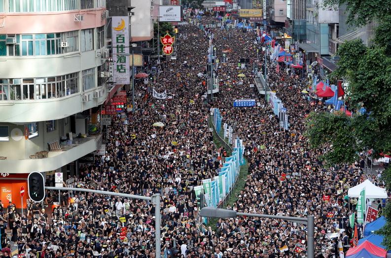 สื่อจีนเตือน 'ความปั่นป่วน' เสี่ยงบ่อนทำลายชื่อเสียง-เศรษฐกิจของ 'ฮ่องกง'