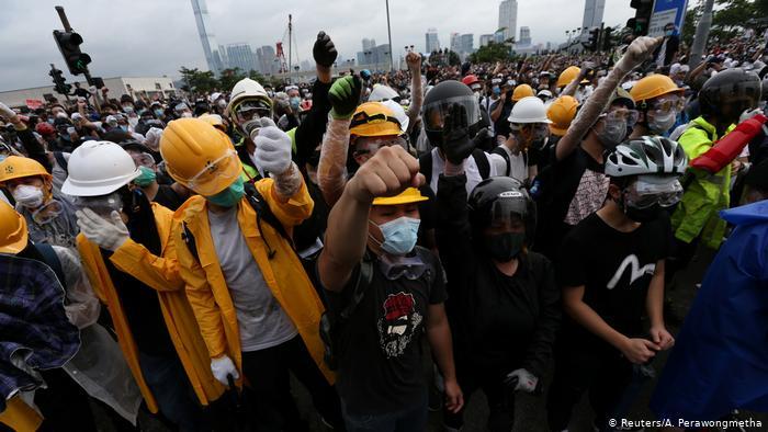 """อังกฤษยันจะกดดัน """"จีน"""" ให้เคารพสิทธิในฮ่องกงต่อไป"""