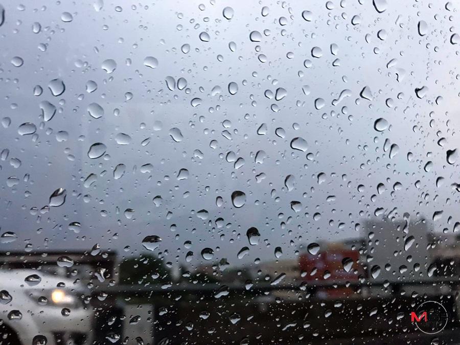 ฝนฟ้าคะนองทั่วไทย กทม. ฝนเทร้อยละ 40 ตะวันออกตกหนักมาก เตือน เหนือ-กลาง ระวังอันตรายฝนสะสม