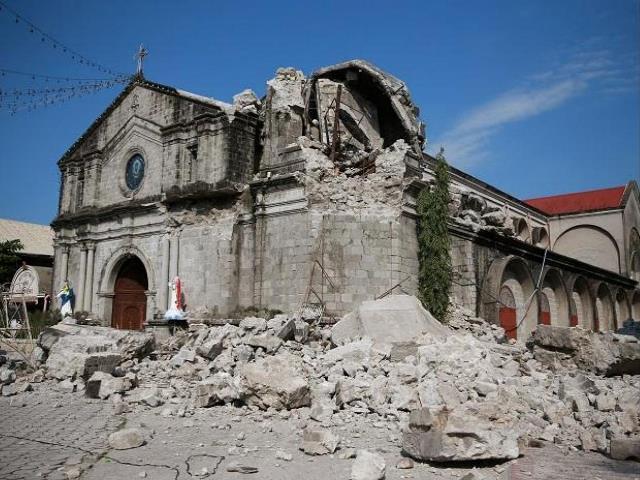 แผ่นดินไหว 5.8 เขย่าภาคใต้ปินส์ บ้านเรือนเสียหาย คนเจ็บระนาว