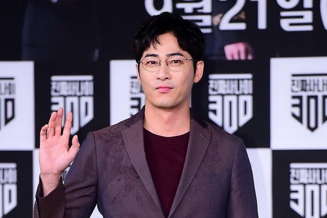 """พระเอกดัง """"คังจีฮวาน"""" รับทุกข้อกล่าวหา! หลังโดนรวบคาบ้านคดีข่มขืนเพื่อนร่วมงาน"""