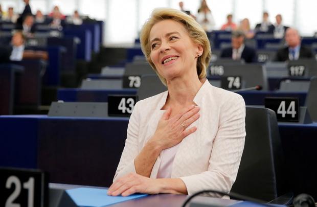 รัฐสภาอียูโหวตรับรองผู้หญิงคนแรกนั่งเก้าอี้ประธานคณกรรมาธิการยุโรป