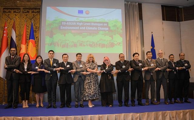 """เวทีหารืออาเซียน-สหภาพยุโรป ประเด็นท้าท้ายโลก """"ปกป้องสิ่งแวดล้อม และการเปลี่ยนแปลงสภาพภูมิอากาศ"""