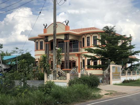 บ้านพักที่ อ.นามน มีการตั้งเป็นโรงงานผลิตยาลดความอ้วนและอาหารเสริม