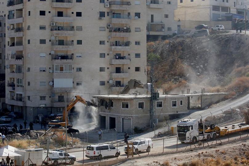 ระอุ!! อิสราเอลรื้อถอนบ้านเรือนชาวปาเลสไตน์ใน 'เยรูซาเลม' ใกล้กำแพงกั้นเวสต์แบงค์