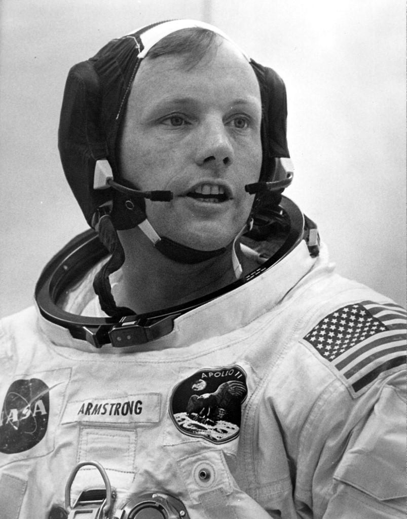 ภาพ นีล อาร์มสตรอง เมื่อ 15 ก.ค.1969 เตรียมก่อนเดินทางไปดวงจันทร์ 1 วัน (์NASA / HO / AFP)