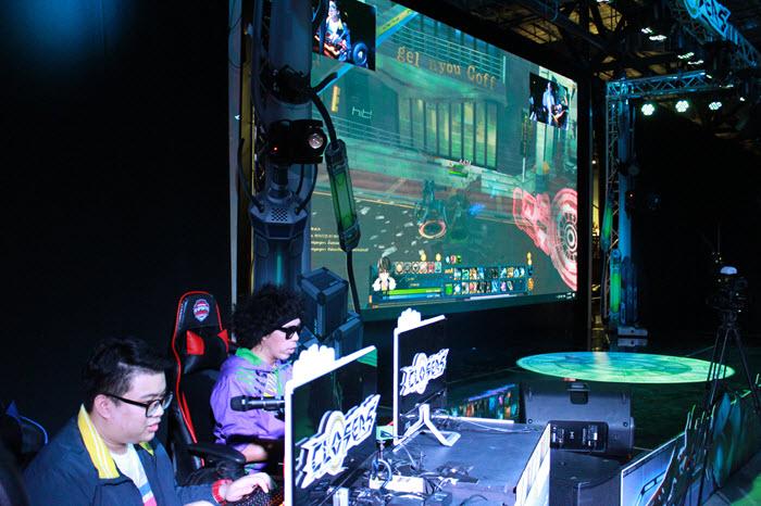 Show Match โดย DJ พล่ากุ้ง และ GG Newii