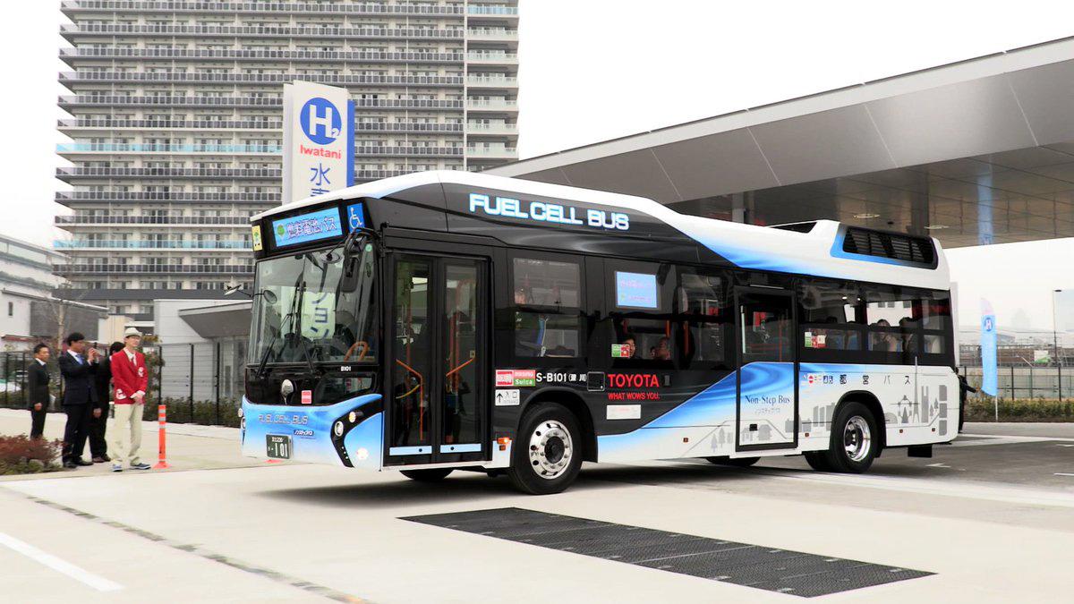 รถบัสใช้พลังงานสะอาดแทนน้ำมัน