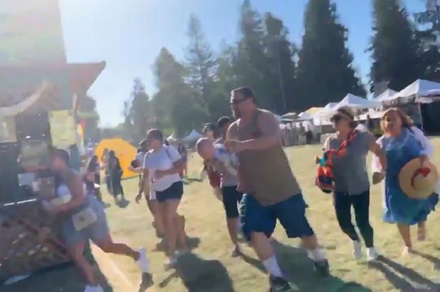 ระทึก!! กราดยิง 'เทศกาลอาหาร' ในแคลิฟอร์เนีย คนหนีตายอลหม่าน ดับ 4 ศพ-เจ็บเพียบ