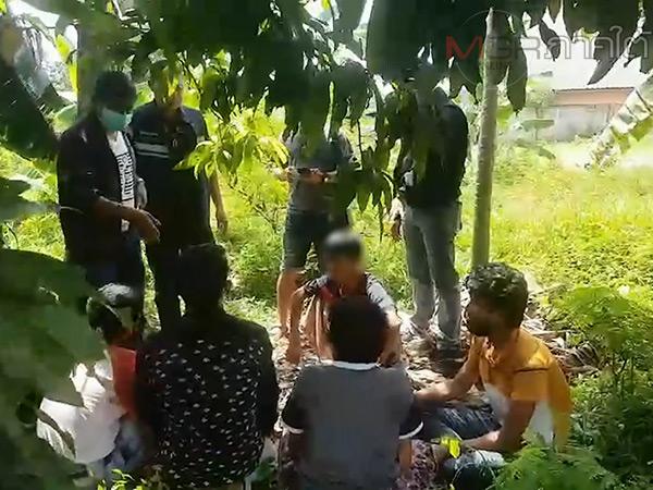 สลด! พบชาวโรฮิงญา 6 คนถูกทิ้งให้หิวโหยต้องยอมออกมาขออาหารชาวบ้านกิน