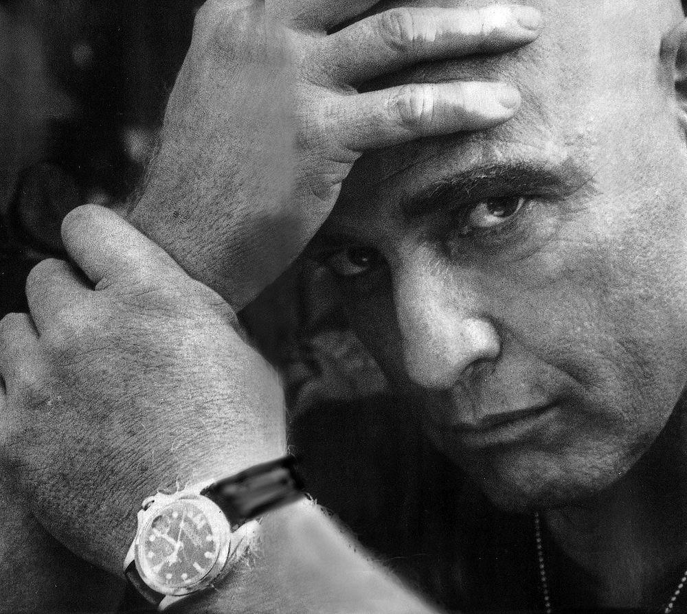 แบรนโด กับ Rolex GMT-Master ในหนังเรื่อง Apocalypse Now