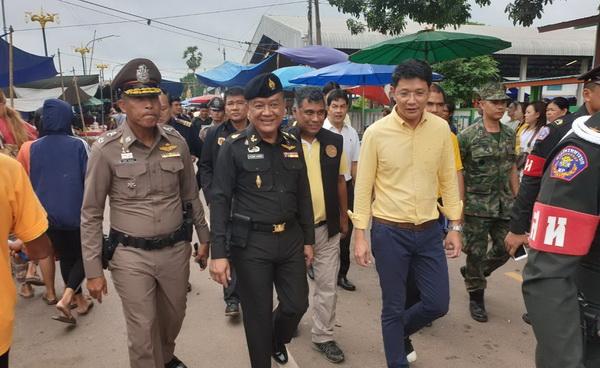 ผู้การฯนครพนมจ่อลงดาบนายตำรวจ  เอี่ยวผลประโยชน์ค้าชายแดนธาตุพนม