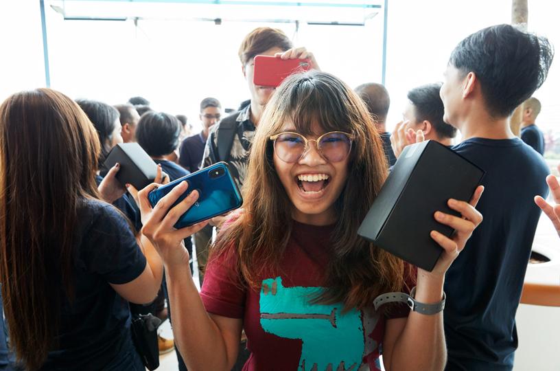 ยอดขาย iPhone ลดลง 12% จากปีที่แล้ว