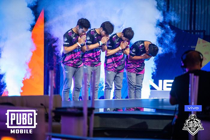 ทีม Purple Mood