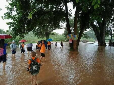 น้ำเมยเพิ่มระดับ เตือนชุมชน-ท่าเรือชายแดนไทย-พม่า เตรียมพร้อมรับมือ