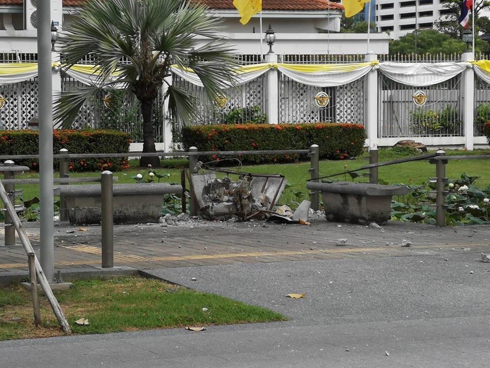 ระเบิดป่วนศูนย์ราชการ 3 ลูกฝั่ง กกต.-กองทัพไทย พบเพิ่มอีก 1 เร่งกู้