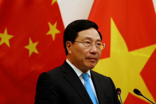 รมว.ต่างประเทศเวียดนามคุยจีนร้องหลีกเลี่ยงสร้างความขัดแย้งในทะเลจีนใต้