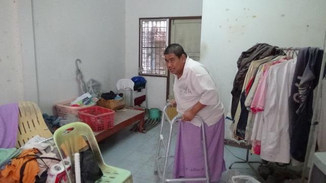 วอนช่วยเหลือ อดีตดีเจดังเมืองอ่างทอง  ป่วยเบาหวาน กลายเป็นผู้พิการ ช่วยเหลือตัวเองไม่ได้