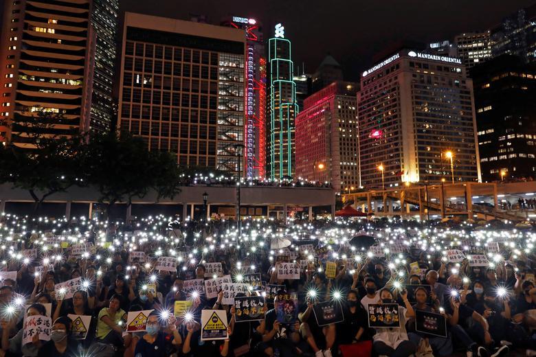 เจ้าหน้าที่ของหน่วยงานด้านสาธารณสุขในฮ่องกงพากันร่วมชุมนุมประท้วงกฏหมายส่งผู้ร้ายข้ามแดน
