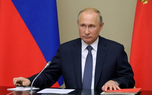 ปูตินขู่รัสเซียจะพัฒนาขีปนาวุธสู้สหรัฐฯ หลังสนธิสัญญานิวเคลียร์พังครืน