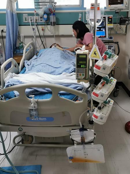 หามน้องปี1ม.ขอนแก่นส่งโรงพยาบาล หลังเป็นลมขณะถูกรับน้องกลางสนาม