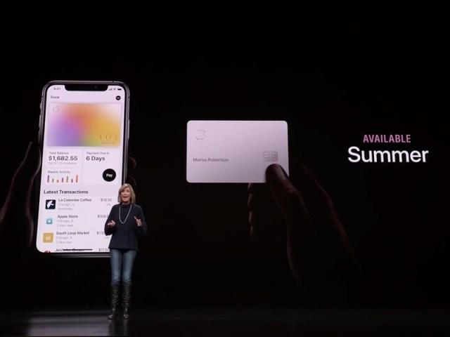 "In Clips: สุดฮือฮา!! แอปเปิลออกบัตรเครดิต ""แอปเปิลการ์ด"" เป็นครั้งแรกในสหรัฐฯ ไม่ต้องจ่ายค่าธรรมเนียม"