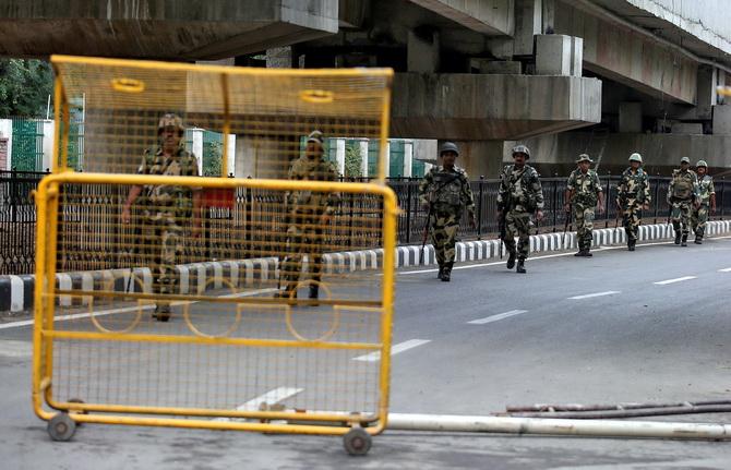 ล่อแหลม!!ปากีฯตะเพิดทูตอินเดีย,ปรับลดสัมพันธ์,ระงับการค้า ไทยเตือนพลเมืองเลี่ยงเยือนพื้นที่เสี่ยง